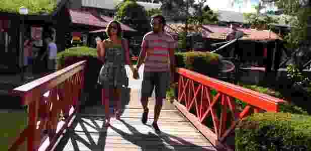 Cidade recebe 100 mil turistas por ano - BBC - BBC