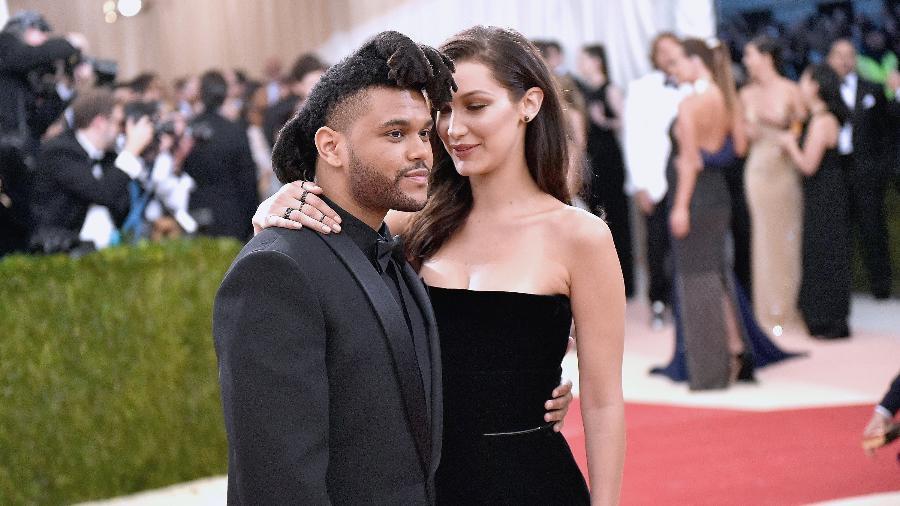 Bella Hadid e The Weeknd juntos no Baile do MET, em maio de 2016 - Getty Images