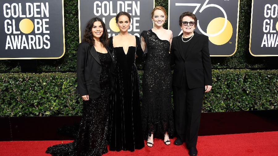 America Ferrera, Natalie Portman, Emma Stone e a tenista Billie Jean King chegam ao Globo de Ouro 2018 - Getty Images