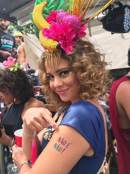 Leandra Leal aderiu às tatuagens  - Reprodução @leandraleal