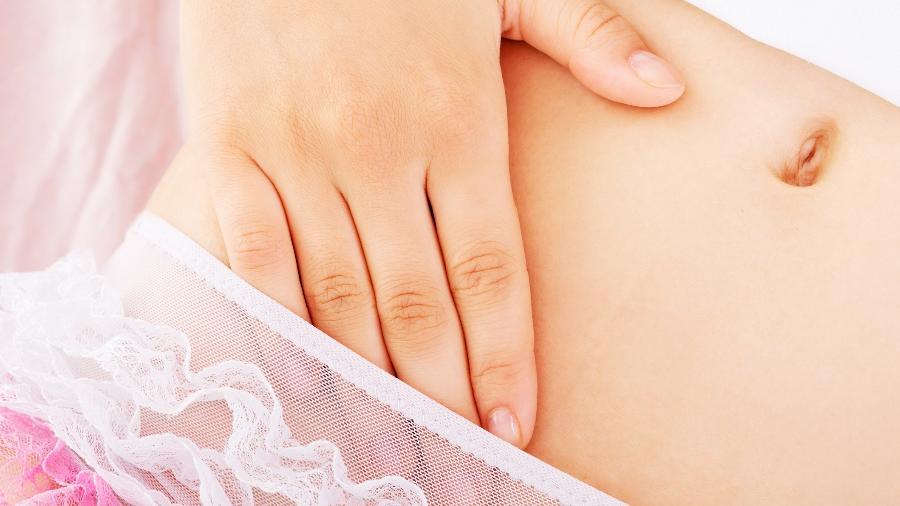 pele sensível nos braços para tocar