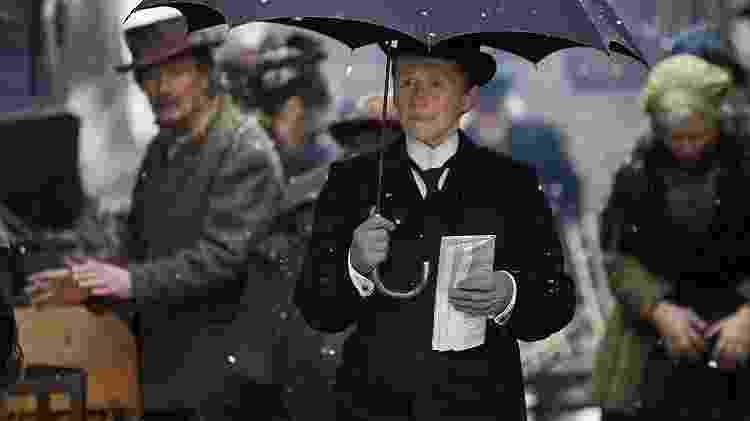 """Glenn Close em cena de """"Albert Nobbs"""" - Divulgação/IMDb - Divulgação/IMDb"""