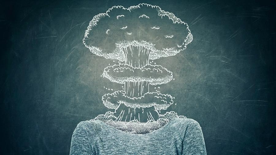 Estresse se manifesta também com elevação da pressão arterial, queda de cabelo e até alergias de pele - iStock