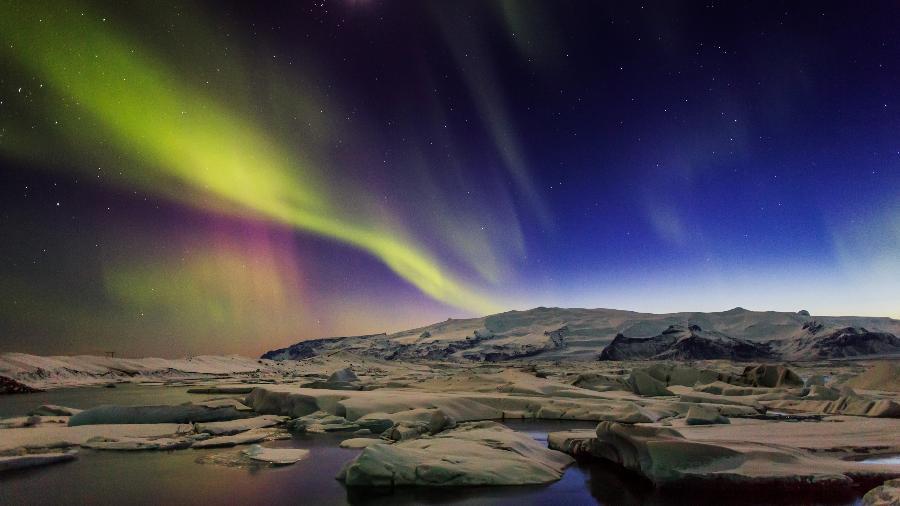 Aurora boreal na Islândia - Ragnar Th. Sigurdsson / ARCTIC I