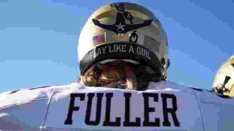 O capacete de proteção da jogadora de futebol americano Sarah Fuller - Reprodução/Instagram - Reprodução/Instagram