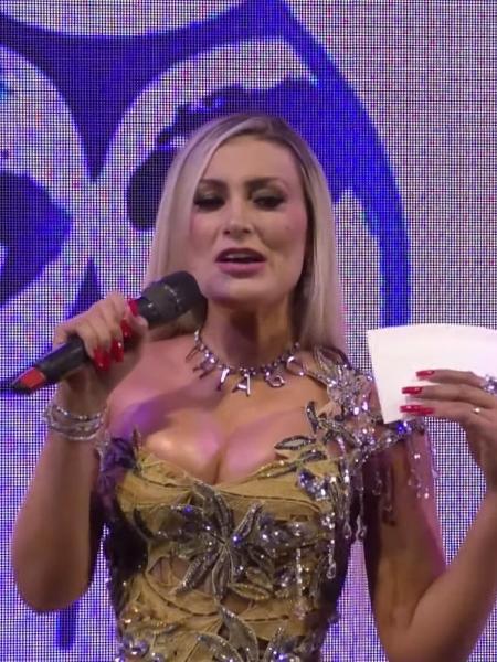 Andressa Urach apresentou o Miss Bumbum Brasil - Reprodução/YouTube