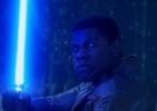"""John Boyega diz que Finn é o melhor personagem de """"Star Wars: Episódio 7"""" - Reprodução"""