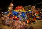 Maracatu espalha cores em desfile no Carnaval pernambucano - Marcelo Lacerda/PCR