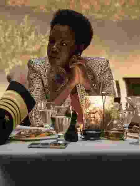 """Viola Davis em cena de """"Esquadrão Suicida"""" - Divulgação"""