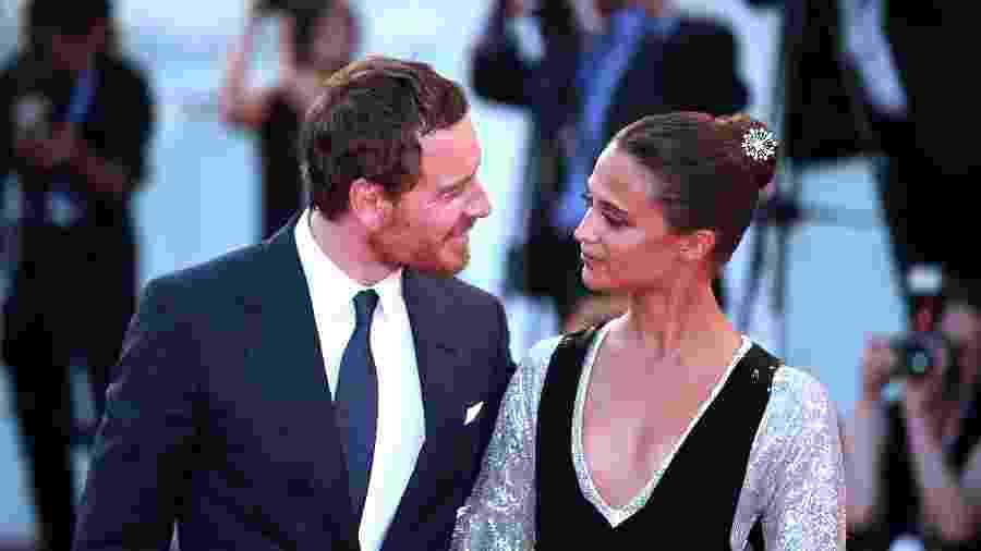"1°.set.2016 - Alicia Vikander e Michael Fassbender chegam à premiere de ""A Luz Entre Oceanos"" no Festival de Veneza - Xinhua/Jin Yu"