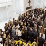 Que tal abrir uma igreja nesse espaçoso cômodo, Ana? - Arte/UOL