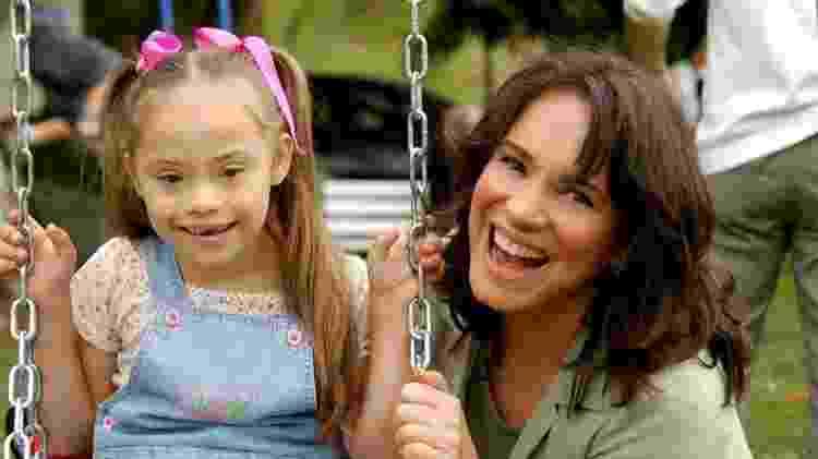 'Quando a Regina Duarte falou, na novela (acima), que a Clarinha era uma criança como qualquer outra, eu finalmente acreditei', conta a ativista Patricia Almeida. 'Racionalmente eu já tinha entendido essas coisas, mas o que faltava era o emocional' - Divulgação/Globo - Divulgação/Globo