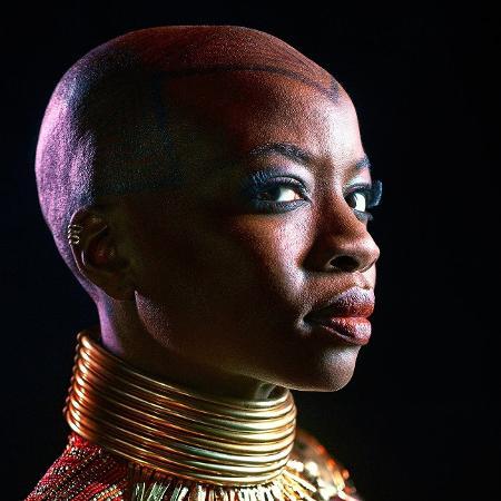 "Danai Gurira, que vive Okoye em ""Pantera Negra"" - Kwaku Alston/Marvel"