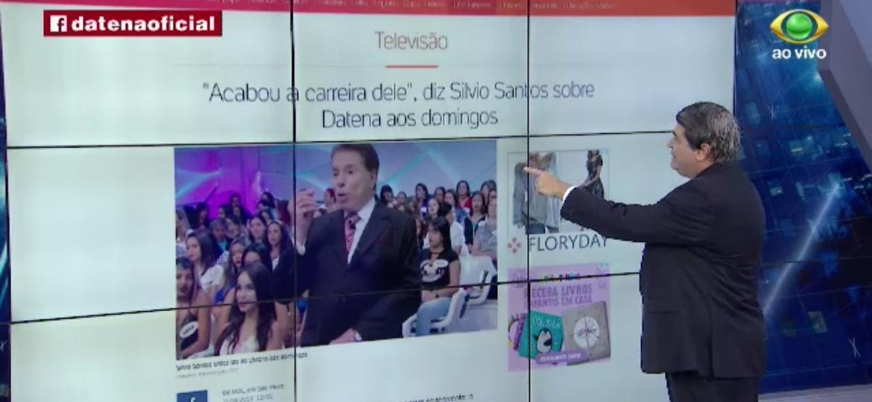 """José Luiz Datena lê ao vivo no """"Brasil Urgente"""" texto publicado pelo UOL sobre declaração de Silvio Santos contra ele - Reprodução/Band"""