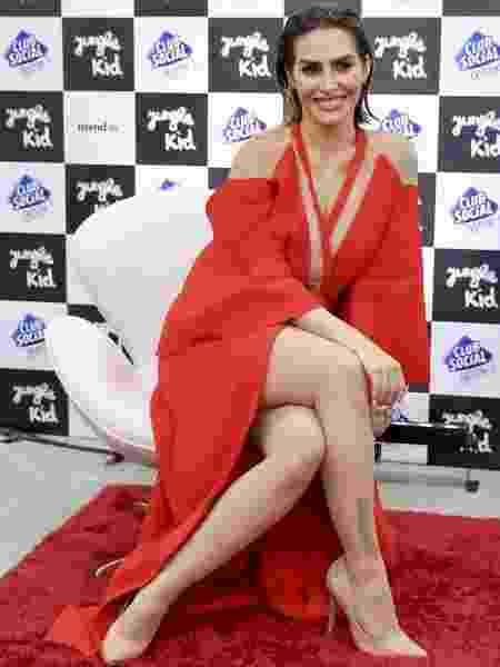 Cleo (ex-Pires) aparece de visual novo antes de fazer seu primeiro show como cantora - Manuela Scarpa/Brazil News