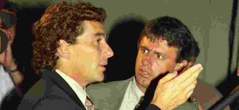 O homem, o mito: Senna e Marzanasco (dir.) durante o lançamento da Audi no Brasil, no começo de 1994 - Toni Pires/Folhapress