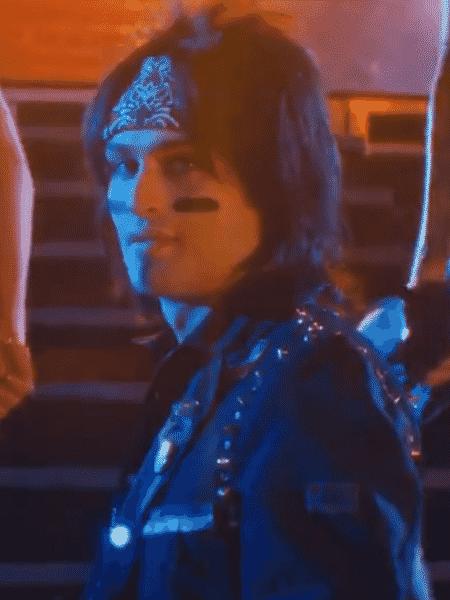 """Douglas Booth como Nikki Sixx em """"The Dirt"""" - Reprodução/Twitter"""