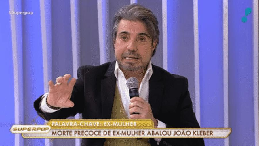 O apresentador João Kleber participa do programa Superpop, na RedeTv! - Reprodução/RedeTV!