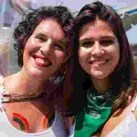 Renata Rodrigues, coordenadora do Mulheres Rodadas, ao lado de sua filha - Pamela Perez/Divulgação/Mulheres Rodadas