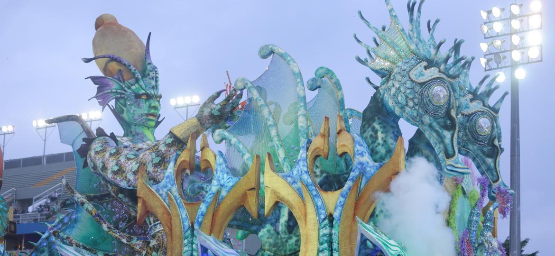 Império de Casa Verde desfila no Anhembi - Ricardo Matsukawa/UOL
