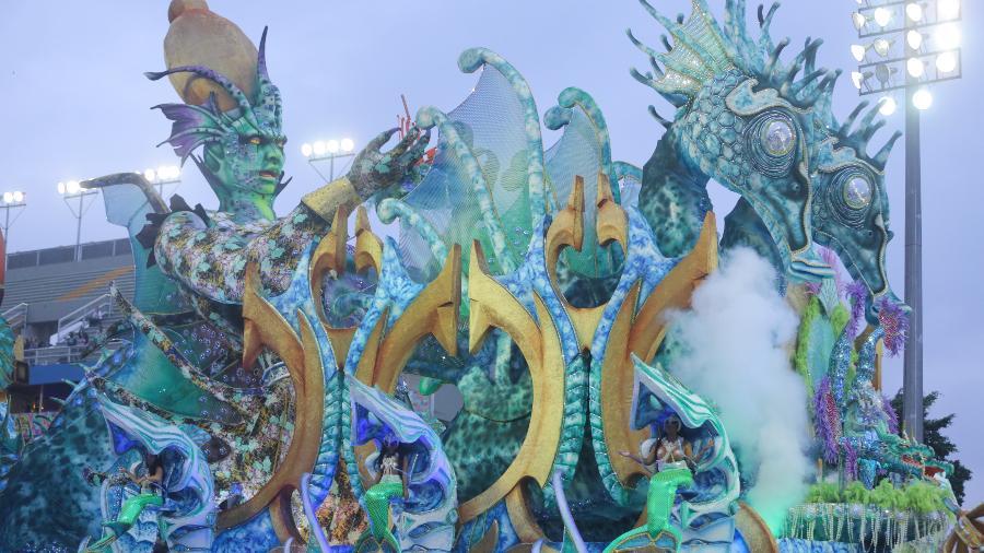 Império de Casa Verde desfilando no Anhembi em 2020 - Ricardo Matsukawa/UOL