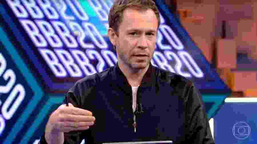 Tiago Leifert apresenta a prova do líder - Reprodução/TV Globo