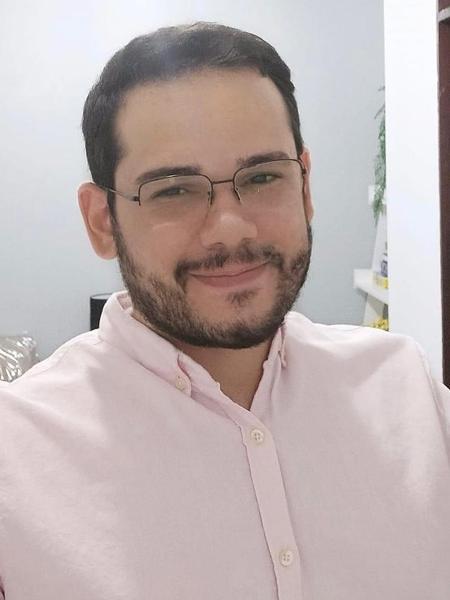 O psicólogo Vanildo Abílio diz que a violência que sofre por parte da sociedade afeta diretamente a saúde mental da população LGBTI+ - Arquivo pessoal