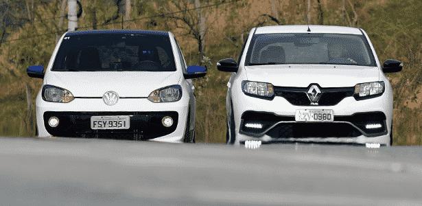 speed up! vs. Sandero RS 300 - Murilo Góes/UOL - Murilo Góes/UOL