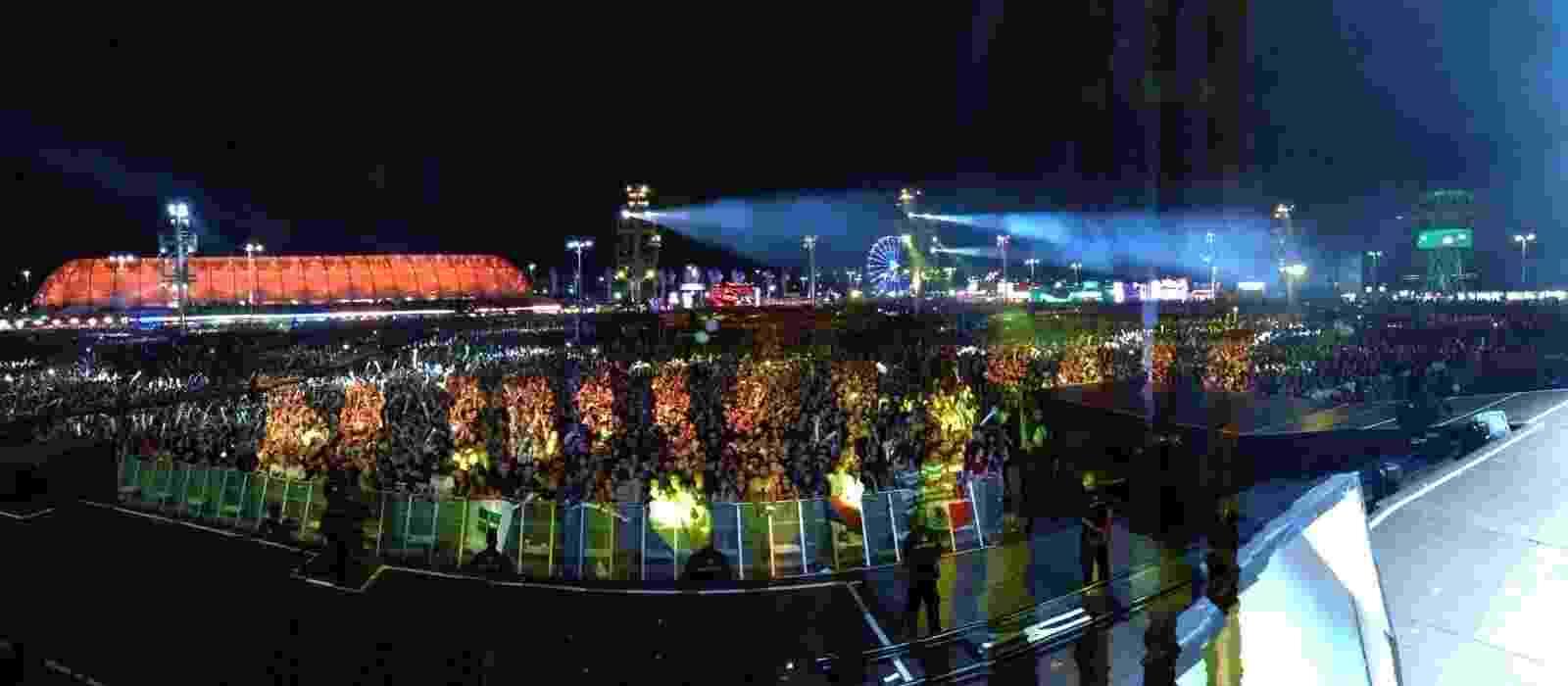 20.set.2015 - Vista do Palco Mundo durante apresentação do Os Paralamas do Sucesso - Robinho/Paralamas do Sucesso
