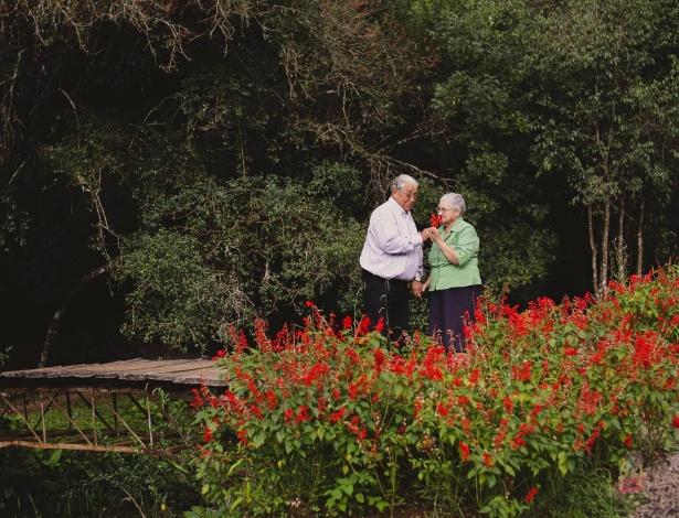 O casal decidiu comemorar as Bodas de Diamantes registrando momentos juntos - Itatiane Lemos Fotografia/ Divulgação