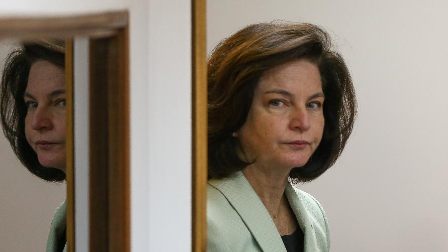 Raquel Dodge durante a reunião na sede da PGR, em julho. - Pedro Ladeira/Folhapress