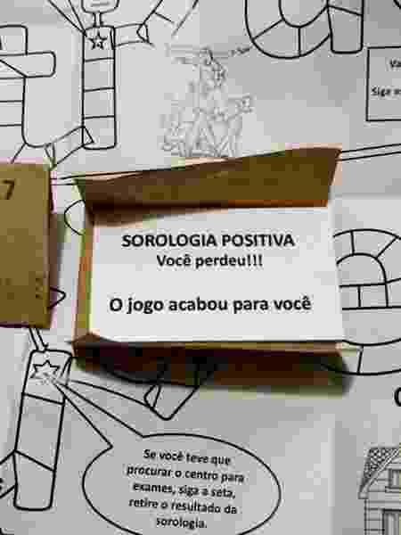 material distribuído pela Fundação Pró-Sangue causa polêmica nas redes sociais - Reprodução/Facebook