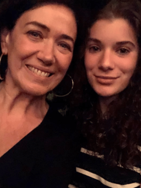 """Lília Cabral e a filha, Giulia, que foi chamada para próxima """"Malhação""""  - Reprodução/Instagram"""