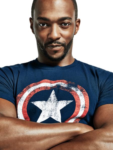 0d16cde799 Anthony Mackie, o Falcão, com camiseta do Capitão América Imagem: Divulgação