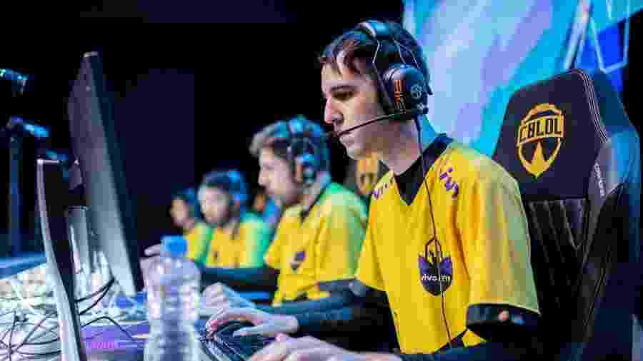 """Matheus """"Professor"""" Leirião, da Vivo Keyd, contratou um agente para ajudar na procura por uma nova equipe - Divulgação/Riot Games"""