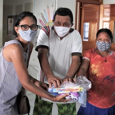 Grupo de voluntários arrecada produtos para ajudar indígenas venezuelanos e imigrantes que aguardam a fronteira com o Peru abrir em Rio Branco - Arquivo pessoal