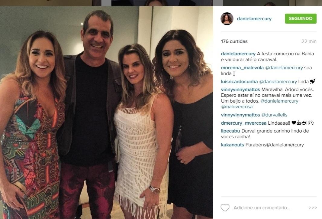 29.jul.2015 - Daniela Mercury se reuniu com amigos e familiares para comemorar seus 50 anos.