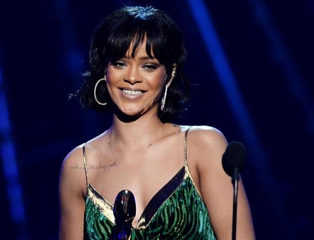 22.mai.2016 - A cantora Rihanna é premiada no Billboard Music Awards, em Las Vegas (EUA)