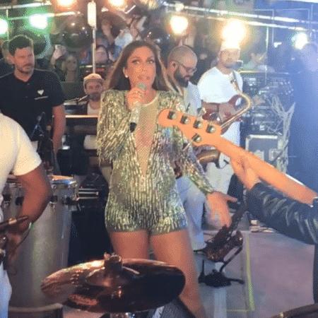 Ivete Sangalo no palco neste sábado, 4 de novembro - Reprodução/Instagram