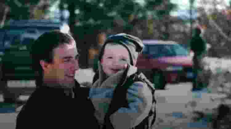 Huw, pai de Llyr, diz que ela é hoje 'uma pessoa muito mais feliz' - BBC - BBC