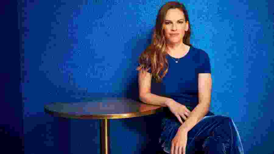 """Hilary Swank posa para divulgar série """"Trust"""" - Divulgação"""
