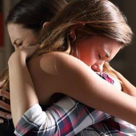 Sintomas associados ao transtorno de estresse pós-traumático podem acometer até mesmo quem não tem relação com as vítimas de Suzano, mas foi exposto a fotos e vídeos do ataque - GETTY IMAGES