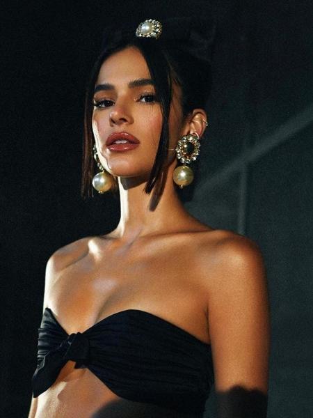 Bruna Marquezine anunciou hoje o novo emprego na plataforma de streaming - Reprodução