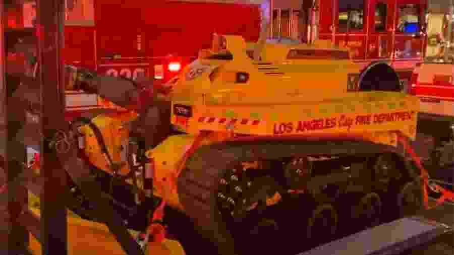O veículo robótico de combate a incêndios Thermite RS3 - Reprodução/LAFD/Youtube