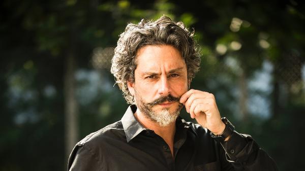 Alexandre Nero como José Alfredo em 'Império'