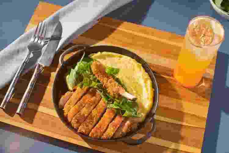 costeleta de porco empanada brasil com zeca - Marcelo Santos/UOL - Marcelo Santos/UOL