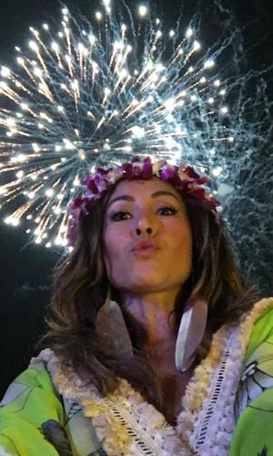 31.dez.2015 - Sabrina Sato celebrou a chegada de 2016 na ilha de Phuket, na Tailândia, e mostrou no Instagram o show pirotécnico no país asiático.