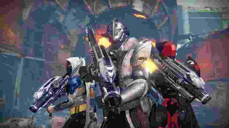 """Uma missão de arma exótica em """"Ascensão de Ferro"""" dava aos Guardiões a nova versão do lança-foguetes, a """"Iron Gjallarhorn"""" - Divulgação"""