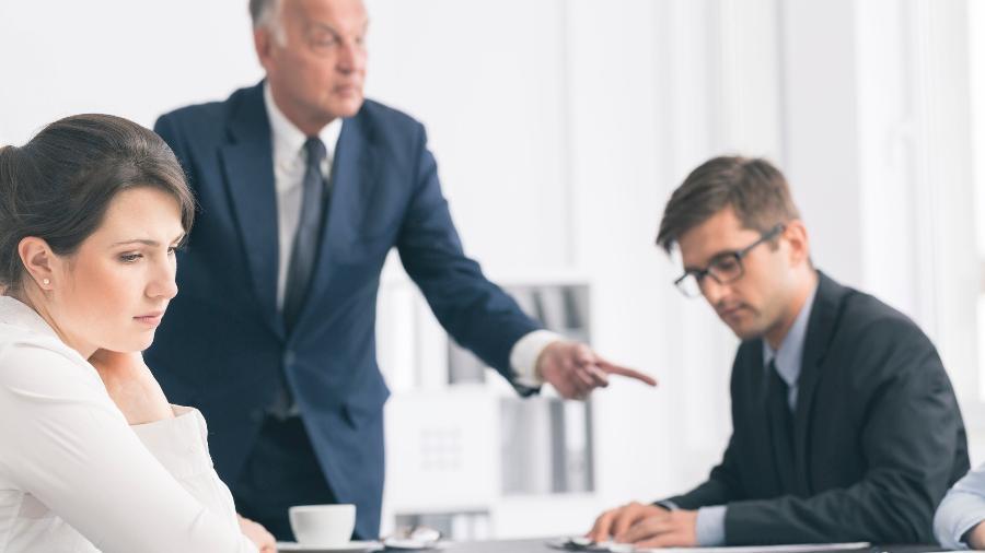 Cuidado para não desabafar com um colega e ver suas palavras serem transformadas em fofoca - Getty Images