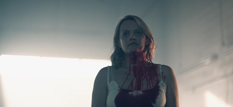 """Elisabeth Moss em cena da segunda temporada de """"The Handmaid""""s Tale"""" - Divulgação"""